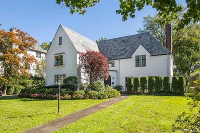 Scarsdale Single Family Home For Sale: 74 Hampton Road
