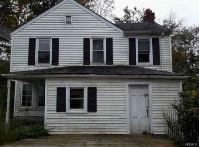 Putnam County Single Family Home For Sale: 8 Highland Street