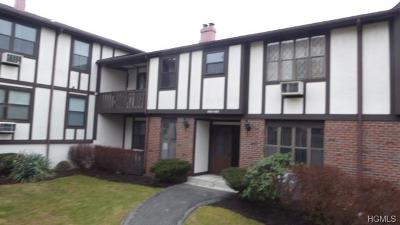 Valley Cottage Condo/Townhouse For Sale: 623 Sierra Vista Lane