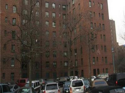 Bronx County Condo/Townhouse For Sale: 1440 Wood Road #5C