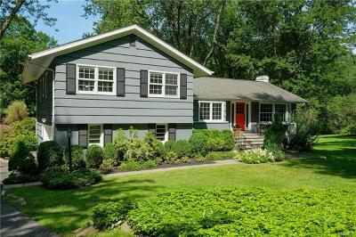 Chappaqua Single Family Home For Sale: 14 Garey Drive