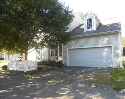 White Plains Single Family Home For Sale: 93 Valimar Court