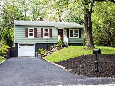 Warwick Single Family Home For Sale: 6 Maple Drive