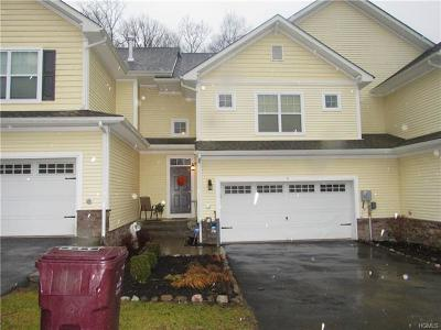 Middletown Single Family Home For Sale: 4 Stonerose Court