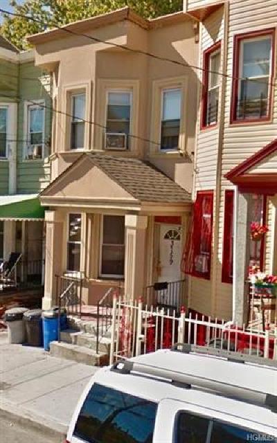 Bronx County Single Family Home For Sale: 3759 Barnes Avenue