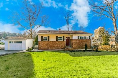 Westchester County Single Family Home For Sale: 491 Bronxville Road