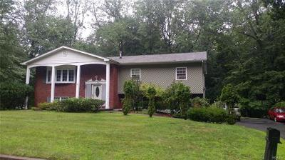 Rockland County Single Family Home For Sale: 9 Silver Lane