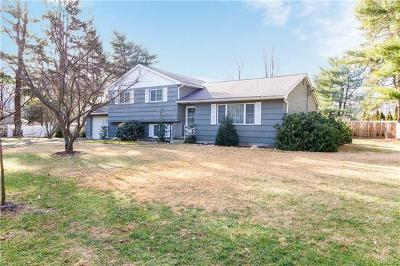 Yorktown Heights Single Family Home For Sale: 2541 Pine Grove Court