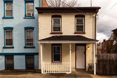 Newburgh Single Family Home For Sale: 130 Johnston Street