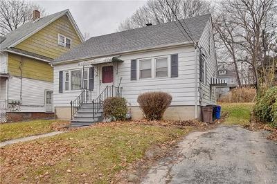 Middletown Single Family Home For Sale: 49 Woodlawn Avenue