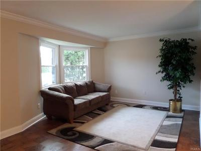 Westchester County Condo/Townhouse For Sale: 20 Hastings Court #A