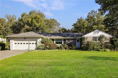 Scarsdale Single Family Home For Sale: 224 Rock Creek Lane