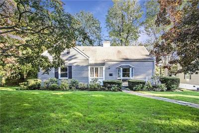 Westchester County Single Family Home For Sale: 77 Clarendon Road
