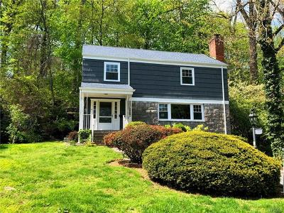 Westchester County Single Family Home For Sale: 9 Gorham Court