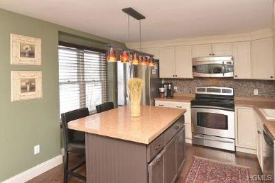 Putnam County Single Family Home For Sale: 508 Williamsburg Drive