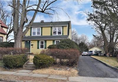 Westchester County Single Family Home For Sale: 30 Sherwood Avenue