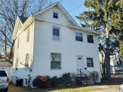 Middletown Single Family Home For Sale: 99 Beattie Avenue