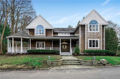 Oyster Bay Single Family Home For Sale: 971 Ripley Lane