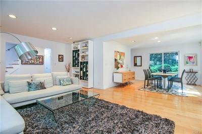 Larchmont Single Family Home For Sale: 29 Bonnie Way