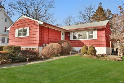 New Rochelle Single Family Home For Sale: 11 Muir Place