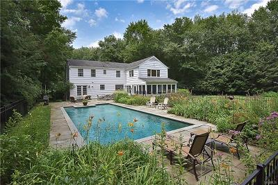 Westchester County Single Family Home For Sale: 31 Pheasant Road