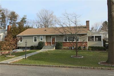 Mamaroneck Single Family Home For Sale: 935 Shore Acres Drive