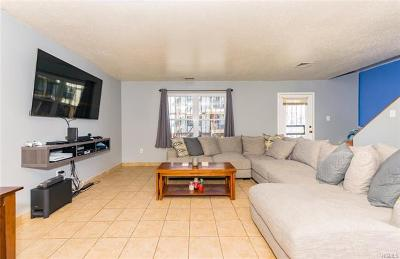 Bronx County Condo/Townhouse For Sale: 902 Union Avenue #B