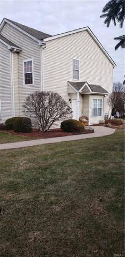 Orange County Single Family Home For Sale: 612 Crab Apple Lane