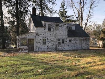 Westchester County Single Family Home For Sale: 9 Indian Hill Road