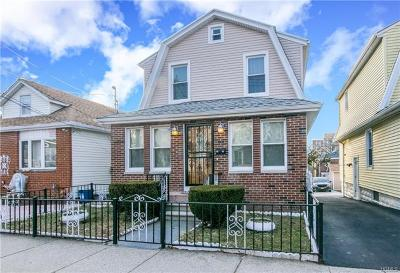 Bronx NY Single Family Home For Sale: $520,000