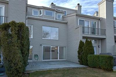 Eastchester Single Family Home For Sale: 25 Waterside Close