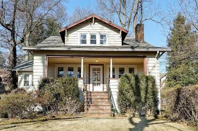 Yonkers Single Family Home For Sale: 35 Aka 2 Bryn Mawr Place