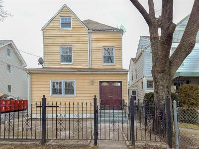 Yonkers Single Family Home For Sale: 49 Crescent Place