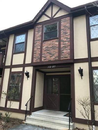 Rockland County Condo/Townhouse For Sale: 372 Sierra Vista Lane