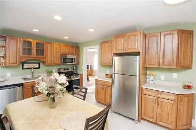 Westchester County Single Family Home For Sale: 3428 Fenimore Avenue