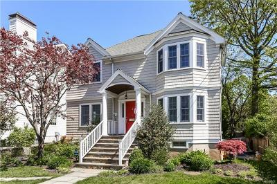 Westchester County Single Family Home For Sale: 4 Oakwood Avenue