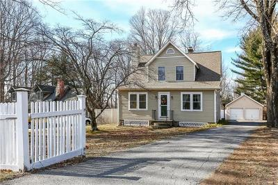 Westchester County Single Family Home For Sale: 370 Goldens Bridge Road