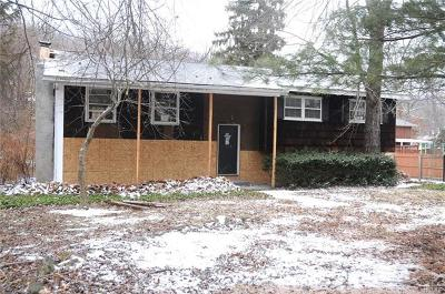 Highland Falls Single Family Home For Sale: 53 Villa Parkway