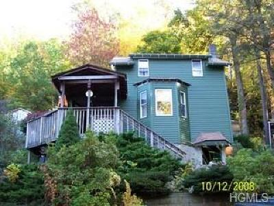 Greenwood Lake Single Family Home For Sale: 25 Seventh Road