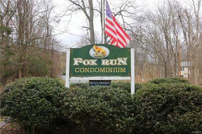 Carmel Condo/Townhouse For Sale: 504 Fox Run Lane