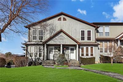 Peekskill Condo/Townhouse For Sale: 83 Hemlock Circle
