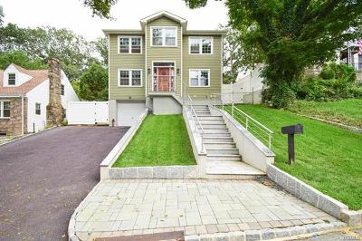 Yonkers Single Family Home For Sale: 22 Gramercy Avenue