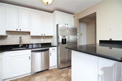 Riverdale Condo/Townhouse For Sale: 3220 Fairfield Avenue #5A