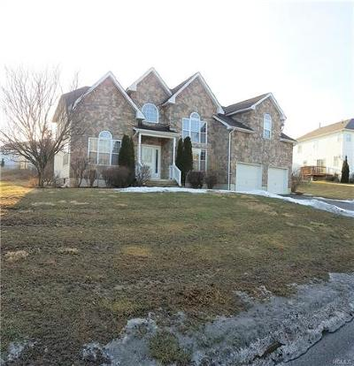 Newburgh Single Family Home For Sale: 110 West Meadow Wind Lane