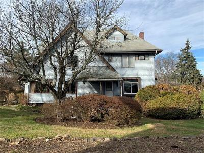 White Plains Single Family Home For Sale: 25 Tibbits Avenue
