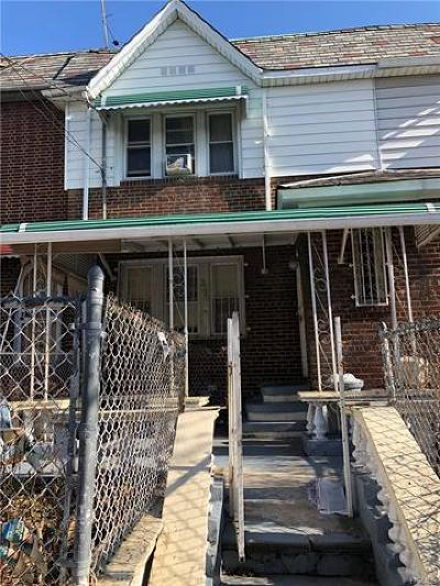 Bronx Single Family Home For Sale: 3322 Bouck Avenue