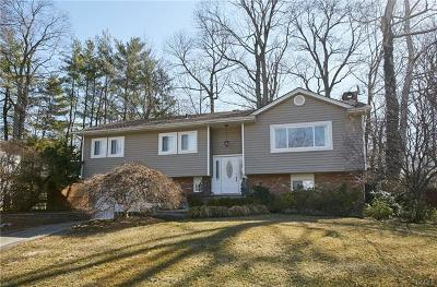 Scarsdale Single Family Home For Sale: 19 Shepherds Drive