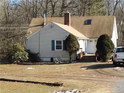 Poughquag Single Family Home For Sale: 20 Circle Hill Road