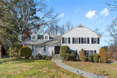 New Rochelle Single Family Home For Sale: 250 Trenor Drive