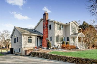 Single Family Home For Sale: 57 Burrows Lane